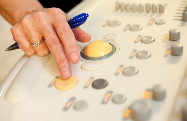 Аппаратура у сонолога сложная