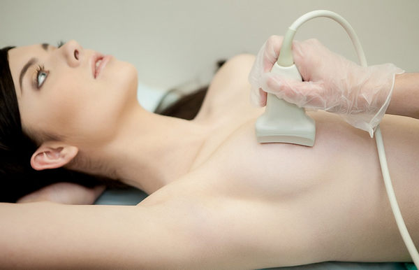 Как обследуют молочные железы ультразвуком